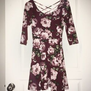 Gorgeous Floral Dress Size S by By&By